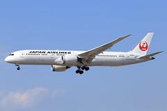Japan Airlines (JAL)  Boeing 787-9 Dreamliner JA867J (widebodies) Tags: frankfurt main fra eddf widebody widebodies plane aircraft flughafen airport flugzeug flugzeugbilder japan airlines jal boeing 7879 dreamliner ja867j