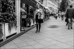17drf0006 (dmitryzhkov) Tags: urban outdoor life human social public stranger photojournalism candid street dmitryryzhkov moscow russia streetphotography people bw blackandwhite monochrome
