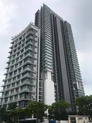 Apartment buildings, Singapore (birdsey7) Tags: singapore buildings 2019pad