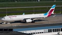 OO-SFK-1 A333 DUS 201904