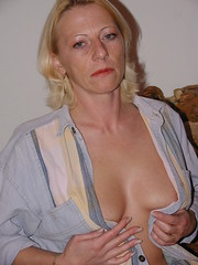 DSC_0264 (nude.photography) Tags: amateur erotic sexy homemade home czech wife slut natural tits boobs cunt pussy bitch naked nude fuck asshole outdoor public mature milf wives bisexual women lesbian girlfriend