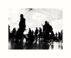 London (The Pirate 11) Tags: london people peoplestand old biancoenero blackwhite blackandwhite crowd trip airport stansted life huawei