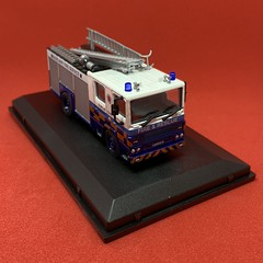 Oxford - Oxford Fire - Dublin Civil Defence - Dennis RD Fire Engine - Miniature Diecast Metal Scale Model Emergency Services Vehicle (firehouse.ie) Tags: fireservice dublincivildefence civildefence wrl carmichael rs d91nox 87d38784 dennisrs 1987 dfb dunlaoghaire dublin westmidlands wmfs engines engine tenders tender apparatuses apparatus appliances appliance dennis brandweer brigade fire diecast oxfordfire oxford