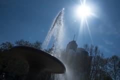 Lucae-Brunnen-bw_20190418_0706.jpg (Barbara Walzer) Tags: brunnen lucaebrunnen opernplatz wasser