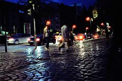 Crosswalk (roman.koenig) Tags: frankfurt am main cinestill 800t contax t3 35mm germany night