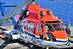 LN-OPH Super Puma SAR (Chickenhawk72) Tags: deepsea stavanger drilling sea norway crew pilot helideck offshore wait idle north semi sub chc super puma lnoph airbus helicopters as 332 l1 sar search rescue drill evacuation main rotor tail