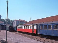 Porto Boavista,  August 1976 (filhodaCP) Tags: caminhodeferro comboiosdeportugal metergauge metregauge narrowgauge portugalrailway cp oporto linhadeguimarães viaestreita viametrica