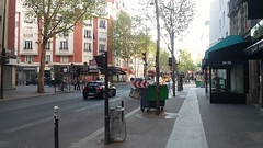 Boulevard de Clichy (sftrajan) Tags: paris streetscape 2019 boulevarddeclichy morning