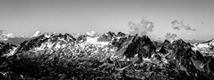 Rocky Mountains of the Alps (série 1/2) (Frédéric Fossard) Tags: panorama monochrome noiretblanc blackandwhite grain texture ciel sky nuage cloud altitude horizon montagne mountain paysage landscape mountainscape neige névé snow glacier cimes crêtes arêtes mountainridge mountainrange mountainpeak alpes hautesavoie massifdesaiguillesrouges massifrocheux massifalpin vallon vallée valley aiguillesrocheuses