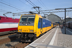 NS 186 115 Amsterdam Centraal (daveymills37886) Tags: ns 186 115 amsterdam centraal baureihe bombardier traxx