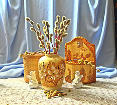 Вербное воскресенье (lvv1937) Tags: натюрморт ваза баночка верба ангелочки we from yandexfotki wearefromyandexfotkiмыизяфа5154items