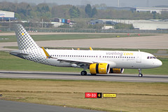 EC-NAZ (afellows80) Tags: airbus a320 a320neo neo vueling ecnaz bhx egbb