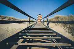 Lighthouse Dishoek / Leuchtturm Dishoek (Steffen Schobel) Tags: lighthouse leuchtturm meer sea strand shoreline dishoek treppe stairs presetmoviestar building gebäude beach dünen dunes abigfave