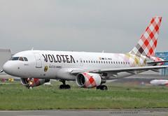 A319-100_VoloteaAirlines_EC-MUU (Ragnarok31) Tags: airbus a19 a319100 volotea airlines ecmuu