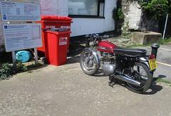 1961 Norton 350 (occama) Tags: fsj336 1961 norton 350 bike motor cycle british old cornwall uk sun sunny warm