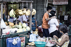 Behind-the-scenes (Beegee49) Tags: street people food vegetables fruit sony a6000 stall bacolod city philippines asia