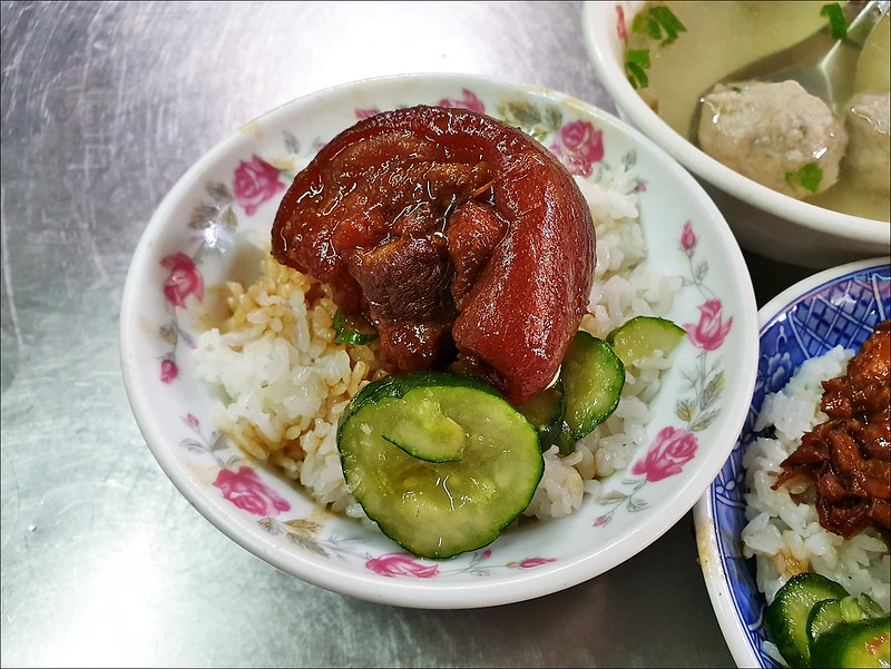 阿頭(林)爌肉飯