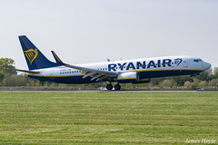 Ryanair EI-EKJ B737-800 at Manchester Airport 19-04-19 (JH Aviation and Railway Photography) Tags: manchester manchesterairport airliner airport aircraft aviation airways airlines aviationviewingpark avp southside egcc jetliner jet jets