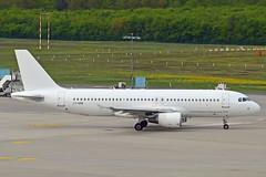 Avion Express LY-VEB Airbus A320-214 cn/1571 opfor SunExpress 06-2018 11-2018 @ EDDK / CGN 02-05-2018 (Nabil Molinari Photography) Tags: avion express lyveb airbus a320214 cn1571 opfor sunexpress 062018 112018 eddk cgn 02052018