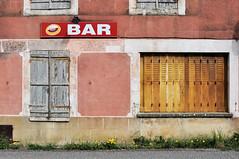 Closed (Franck gallery) Tags: bar color closed fermé couleur windows volet d90