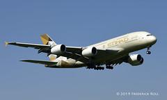 Etihad A380 ~ A6-APD (© Freddie) Tags: londonheathrow poyle heathrow lhr egll 09l arrivals etihad airbus a380 a388 a6apd fjroll ©freddie
