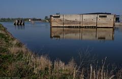 Waterliniepad Houten & Nieuwegein (Maarten Kerkhof) Tags: fujifilmxe2 kazematten lekkanaal nieuwehollandsewaterlinie w objettrouvé sluisjeschalkwijksewetering xe2