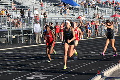 IMG_7035 (Az Skies Photography) Tags: southern arizona championship april 20 2019 april202019 southernarizonachampionship track meet field trackmeet trackfield trackandfield run runner runners running race racer racers racing athlete athletics high school highschool highschooltrack highschoolathletes athletes 42019 4202019 canon eos 80d canoneos80d eos80d canon80d sport sportsphotography action marana az maranaaz mountain view mountainview mountainviewhighschool southernarizonachampionshipstrackmeet womens 4x400m relay 4x400mrelay womens4x400mrelay