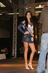 miss grand prix context (themax2) Tags: 2009 tights rate motorshow legs hostess high heels girl denim comment cfm shoes brunette bologna highheels cfmshoes