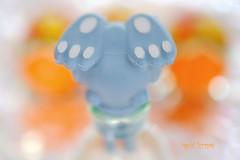 Happy Feet (Inky-NL) Tags: macromondays bottlecap flesafsluiter kurk cork easter bunny easterbunny rabbit feet bottle closed macro paashaas