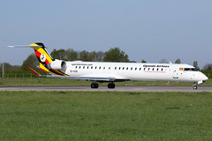 Uganda Airlines - Bombardier CRJ-900LR - 5X-KOB (Jesse Vervoort) Tags: bombardier crj uganda airlines plane aircraft airplane aeroplane maastricht limburg