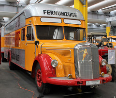 O6600 (Schwanzus_Longus) Tags: einbeck german germany old classic vintage truck lorry box vehicle moving van mercedes benz l6600 o6600
