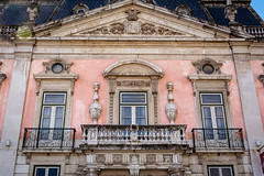Pink House - Lisbon, Portugal (Bela Lindtner) Tags: lisbon lisboaregion lindtnerbéla belalindtner nikon d7100 nikond7100 nikkor 18105 nikkor18105 nikon18105 lisboa lisszabon portugália portugal architecture buildings building windows balcony street city outdoor outside