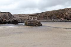 Uig Beach (itmpa) Tags: naheileanananiar scotland uigbeach beach coast uig isleoflewis lewis leòdhas naheileanansiar bridge archhist itmpa tomparnell