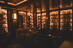Late at the Brandy Library (n8fire) Tags: fujixt3 fujinonxf16mmf14rwr brandylibrary nyc