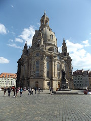 Frauenkirche, Dresden, Saxony, Germany, 18 April 2019 (AndrewDixon2812) Tags: dresden saxony sachsen germany deutschland frauenkirche neumarkt new market place martin luther statue