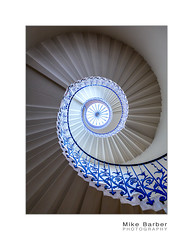 The beauty of a curve (mcb photography) Tags: curve staircase stair stairwell tulip queenshouse greenwich london england uk spiral wwwmcbphotographycouk mikebarber mcbphotography
