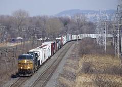 CN 327 (Michael Berry Railfan) Tags: csxt5483 csx csxt ge generalelectric gevo es40dc train freighttrain cn327 kingstonsub pointeclaire montreal quebec sd403 emd