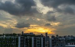 Singapore sunset (Peter.Stokes) Tags: singapore holiday colourphotography photography sunset sky skyscenes skyline