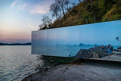 Kamin Lertchaiprasert, Suriya Umpansiriratana - No Sunrise No Sunset (grzegorzmielczarek) Tags: sculpture modernart biennale krabibiennale2018 thailand nosunrisenosunset suriyaumpansiriratana kaminlertchaiprasert krabi aonang