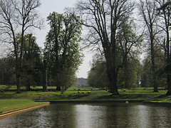 Landscape (amandabhslater) Tags: northamptonshire boughtonhouse garden grass trees house
