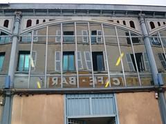 Halles de Cognac (16) (Yvette G.) Tags: halles architecturemétallique reflet cognac 16 charente poitoucharentes nouvelleaquitaine architecture