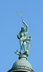 Amphitrite  Statue 3.5 m hoch. (eagle1effi) Tags: editionbytoolwiz fokus mannheim statue okeanide nereide der griechischen mythologie canon powershot sx70 hs ds canonpowershotsx70hsds sx70hs canonpowershotsx70hs eagle1effi bridgecamera powershotsx70
