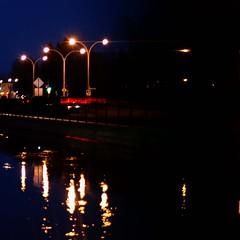 IMG_7999-1 (andréechevalier) Tags: nuit reflet eau joliette lumière