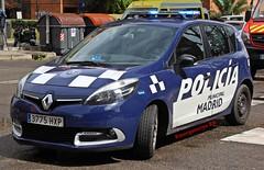 Policía Municipal de Madrid (emergenciases) Tags: emergencias españa 112 madrid comunidaddemadrid explosiónvallecas vallecas puentedevallecas seguridad policía policíalocal policiamunicipalmadrid pmm vehículo renault scenic