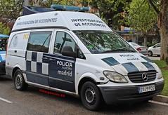 Policía Municipal de Madrid (emergenciases) Tags: emergencias españa 112 madrid comunidaddemadrid explosiónvallecas vallecas puentedevallecas seguridad policía policíalocal policiamunicipalmadrid pmm vehículo mercedes mercedesbenz vito investigaciónaccidentes