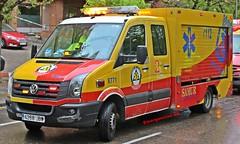 SAMUR-PC (emergenciases) Tags: emergencias españa 112 madrid comunidaddemadrid explosiónvallecas vallecas puentedevallecas sanitarios samurpc vais volkswagen crafter victor vehículo