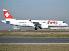 HB-JCO, Bombardier CSeries CS300 (BD-500-1A11), c/n 55033, Swiss International Air Lines, CDG/LFPG 2019-02-16, taxiway Delta. (alaindurandpatrick) Tags: cn55033 hbjco bombardier bombardiercseries bombardiercseriescs300 cseries cs300 cseriescs300 bd500 a220 a220300 airbus airbusa220 airbusa220300 jetliners airliners lx swr swiss swissinternationalairlines airlines cdg lfpg parisroissycdg airports aviationphotography