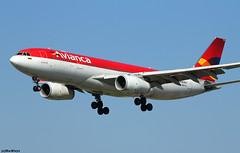 Avianca Airbus A330-243 N967CG (RuWe71) Tags: avianca avava aviancaholdings aerovíasdelcontinenteamericano colombia bogota airbus airbusa330 a330 a332 a330200 a330243 airbusa330200 airbusa330243 n967cg msn967 fwwyi barcelonaelprat barcelonaelpratairport elpratdellobregat aeropuertodebarcelona bcn lebl widebody twinjet landing finals
