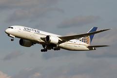 B787-8.N27908-1 (Airliners) Tags: united unitedairlines 787 b787 b7878 dreamliner boeing boeing787 boeing7878 boeingdreamliner iad n27908 42219
