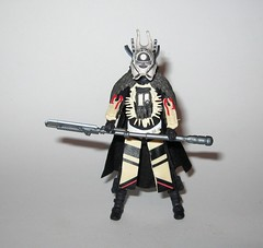 enfys nest from enfys nest's swoop bike and enfys nest star wars solo a star wars story vehicle and basic action figure force link 2018 hasbro e (tjparkside) Tags: enfys nest nests swoop bike with star wars han solo story vehicle vehicles basic action figure figures hasbro 2018 force link blaster sounds phrases wearable starter set 20 2018isney cloud rider gang bikes engines seats seat engine speed speeder vibrolance electroripper staff soft goods fabrice cape helmet mask bantha fur wrist fan blade blades misb